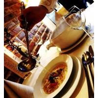 Rosół ze świeżą pietruszką, marchewką oraz makaronem